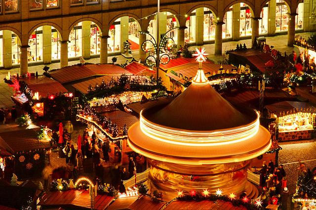 グリューワインにソーセージ…♡聖なる縁日『クリスマスマーケット』の楽しみ方