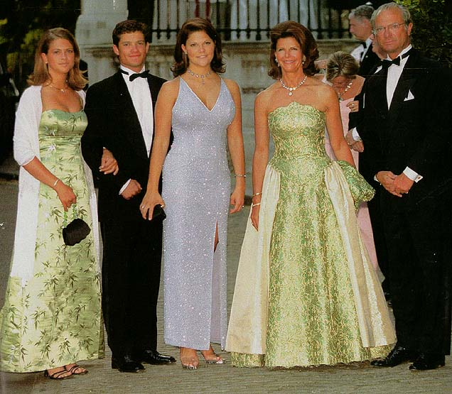 (画像元:http://brigittegastelancestry.com/royal/alexiaofgreecewedding.htm)