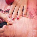 painting-fingernails-635261_1280