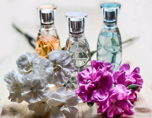 perfume-1433654_1280