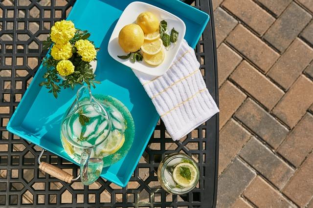 refreshment-768743_640