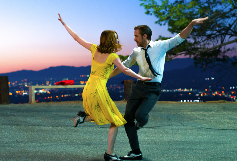 © 2017 Summit Entertainment, LLC. All Rights Reserved. Photo credit: EW0001: Sebastian (Ryan Gosling) and Mia (Emma Stone) in LA LA LAND. Photo courtesy of Lionsgate.