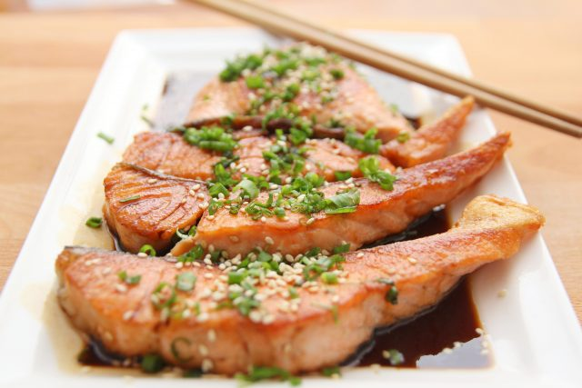 food-salmon-teriyaki-cooking