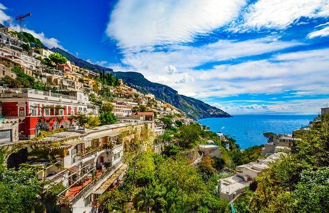 amalfi-coast-2180537_640