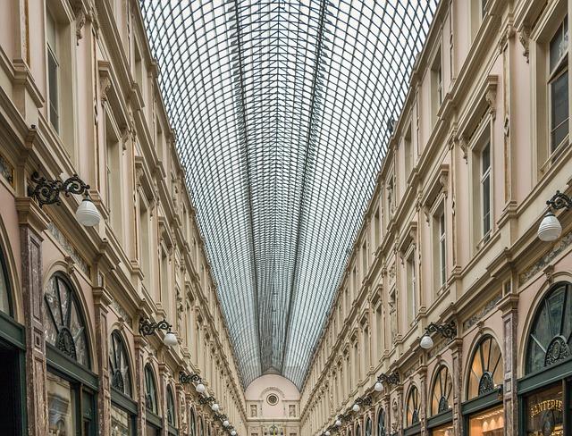 les-galeries-royales-saint-hubert-1535628_640