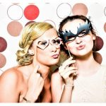 photo-booth-wedding-party-girls-160420b