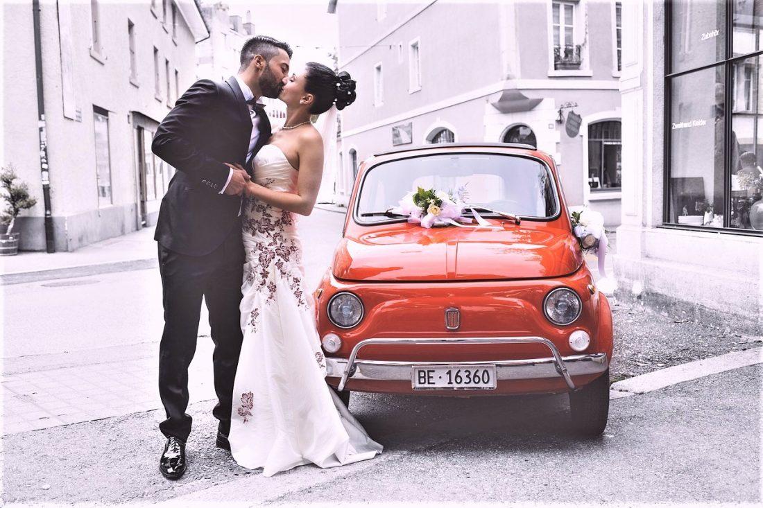 ドレス、料理…結婚式っていくら必要?平均予算と選び方のコツまとめ