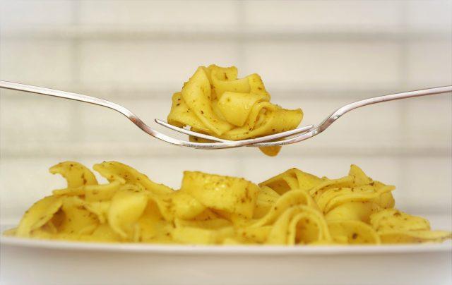 pasta-noodles-plate-eat-46182