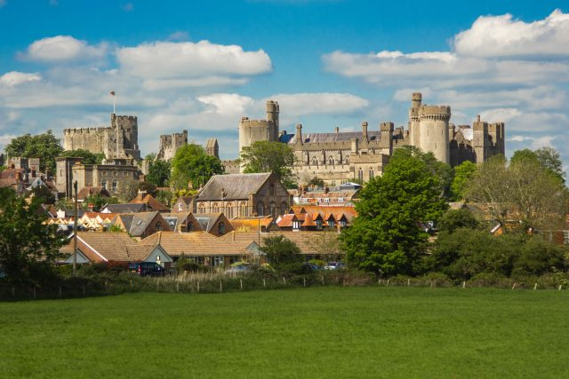 arundel-castle-monument-england-161891