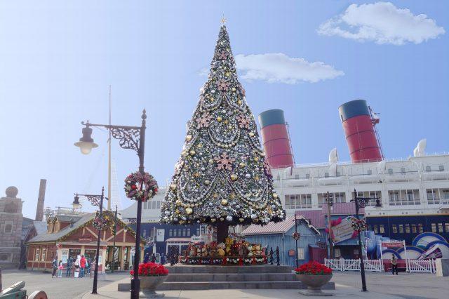 アメリカンウォーターフロントのクリスマスツリー 昼