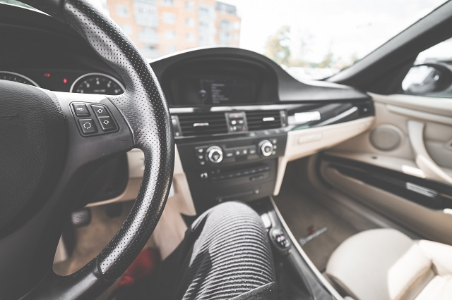 light-modern-car-interior-from-drivers-view-picjumbo-com