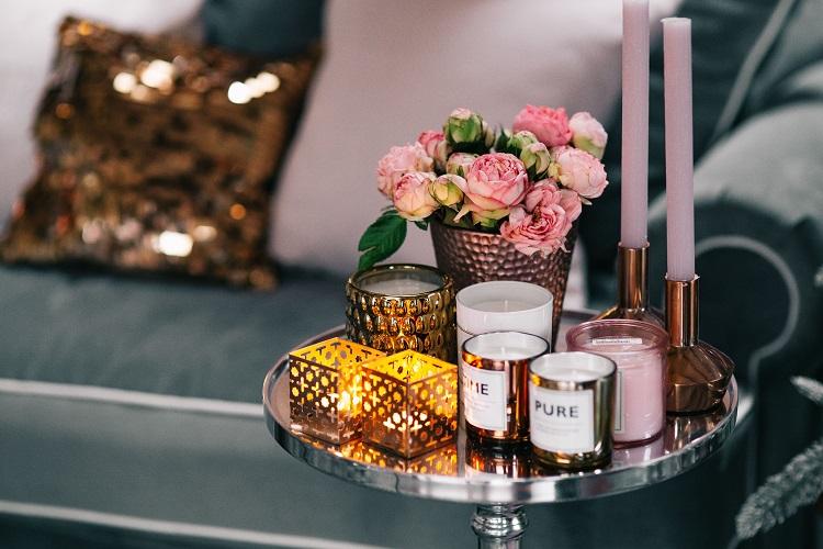 kaboompics_Pink Flowers & Decorations