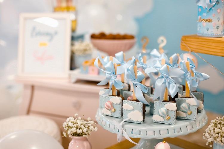 art-baby-shower-cake-1682462