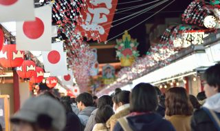 Crowds lined up to visit Asakusa district in Tokyo, Japan